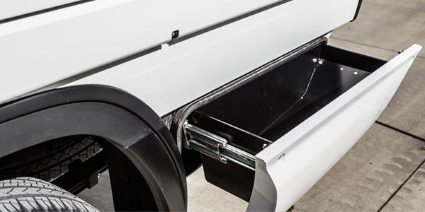 Tri-Gate underside drawer